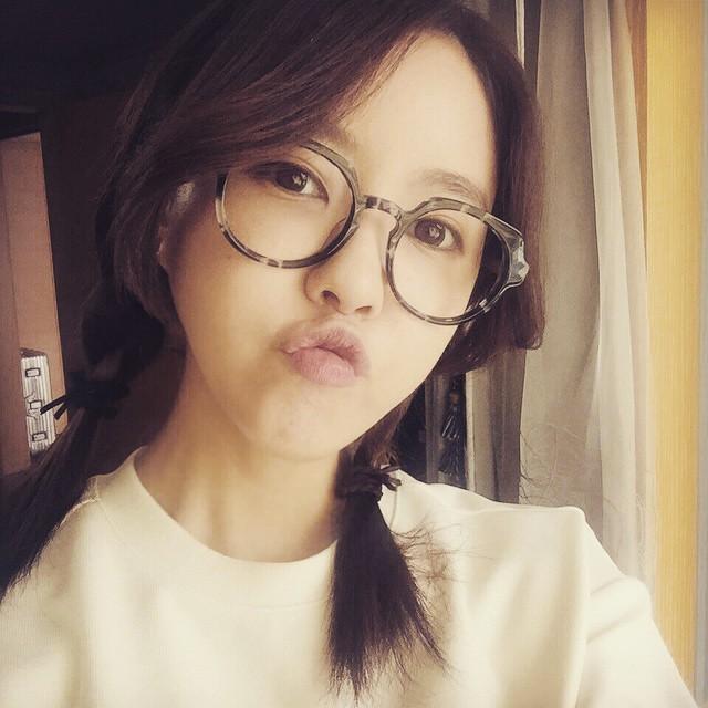 بالصور بنات كوريات كيوت بالنظارات , اجمل وارق البنات فى كوريا 6724 9