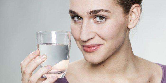 بالصور فوائد شرب الماء , فائده مياه الشرب للتخسيس 3796 2