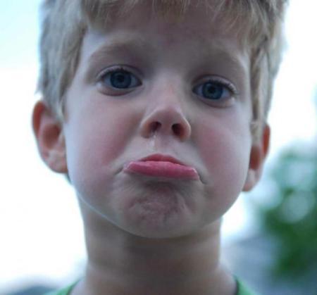 صور بكاء طفل , صور اطفال تبكي