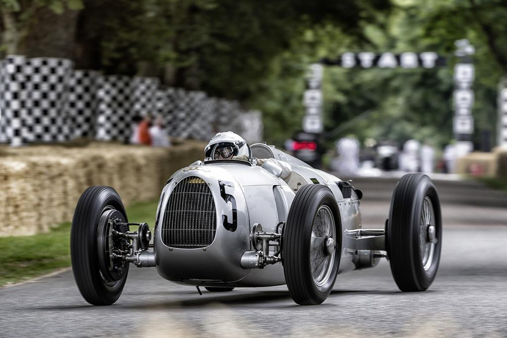 بالصور سيارات سباق , صور سيارات سباق 4272 10