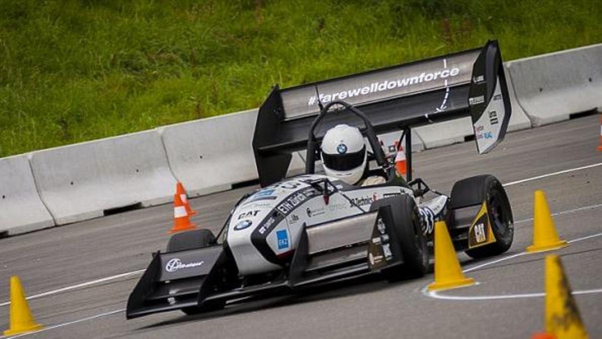 بالصور سيارات سباق , صور سيارات سباق 4272 6