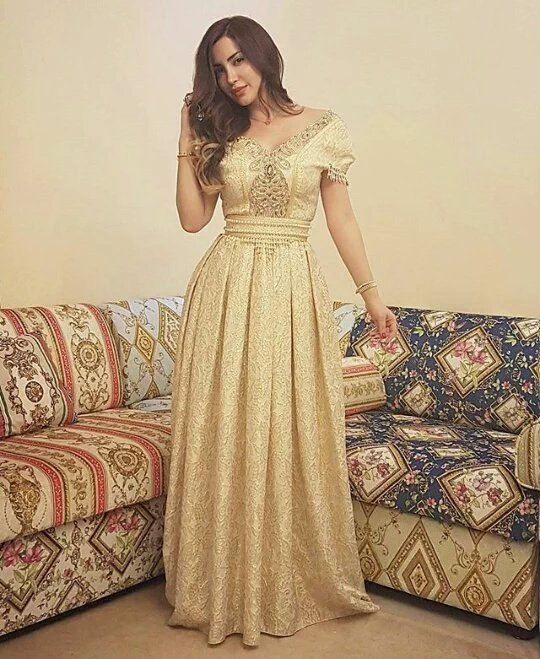بالصور قفطان جزائري , لباس شعبى وتقليدى 1150 5