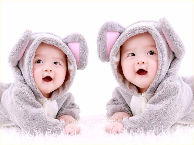 بالصور اطفال حلوين , اجمل صور اطفال توام 5504 6
