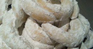بالصور حلويات مغربية سهلة التحضير , اشهى الحلويات المغربية في مطبخك 412 12 310x165