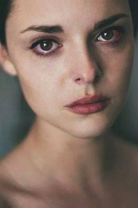 بالصور صور بنت حزينه , صور بنت تبكى من الحزن 4790 3