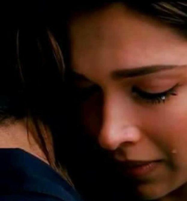 بنات حزينه رمزيات و صور بنات تبكي لمواقع السوشيال ميديا رمزيات