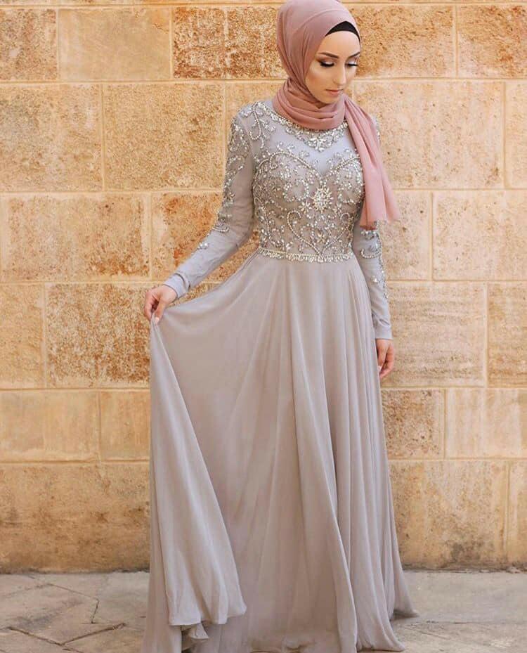 بالصور فساتين سواريه بسيطه وشيك للمحجبات , اجمل الفساتين السواريه للمحجبات 6440 4