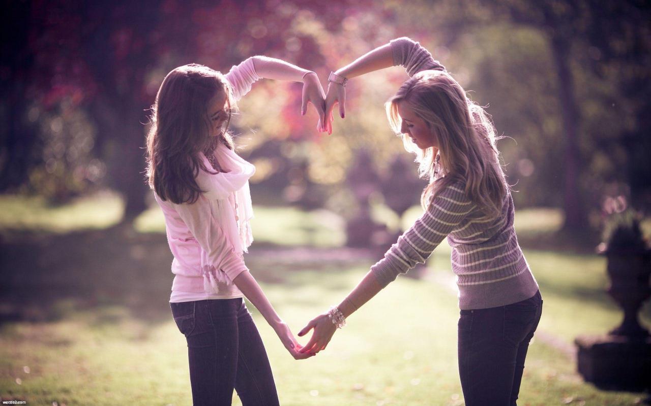 بالصور جمل عن الاصدقاء , الاصدقاء نعمة الحياة 12273 4