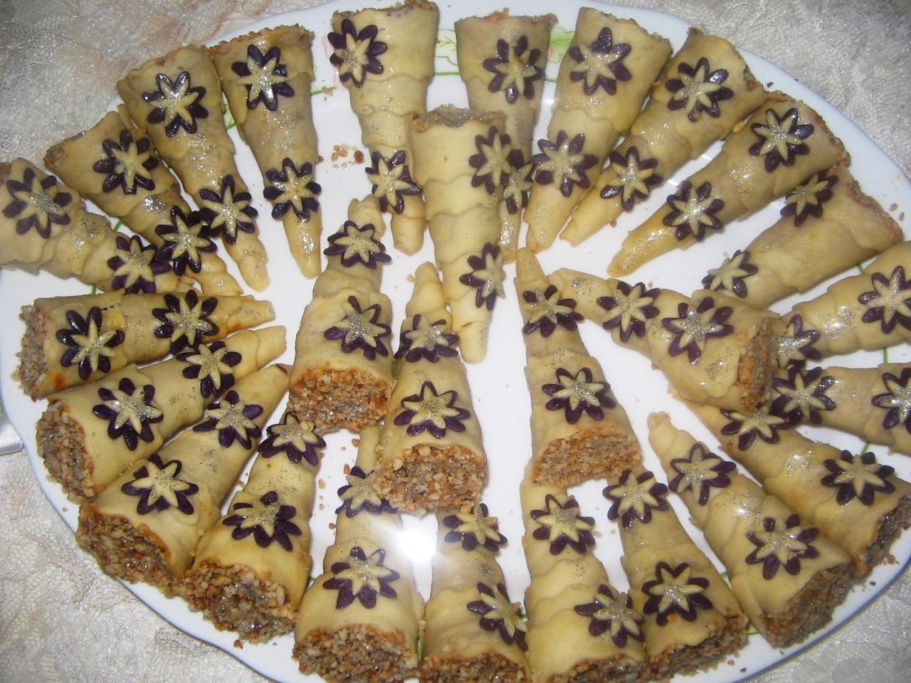 بالصور حلويات العيد الجزائرية الجديدة بالصور , العبد افضل انواع الحلويات 12281 1
