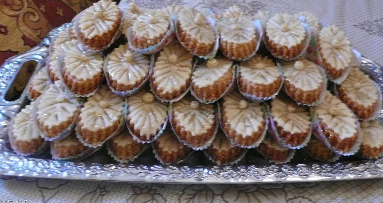 بالصور حلويات العيد الجزائرية الجديدة بالصور , العبد افضل انواع الحلويات 12281 3