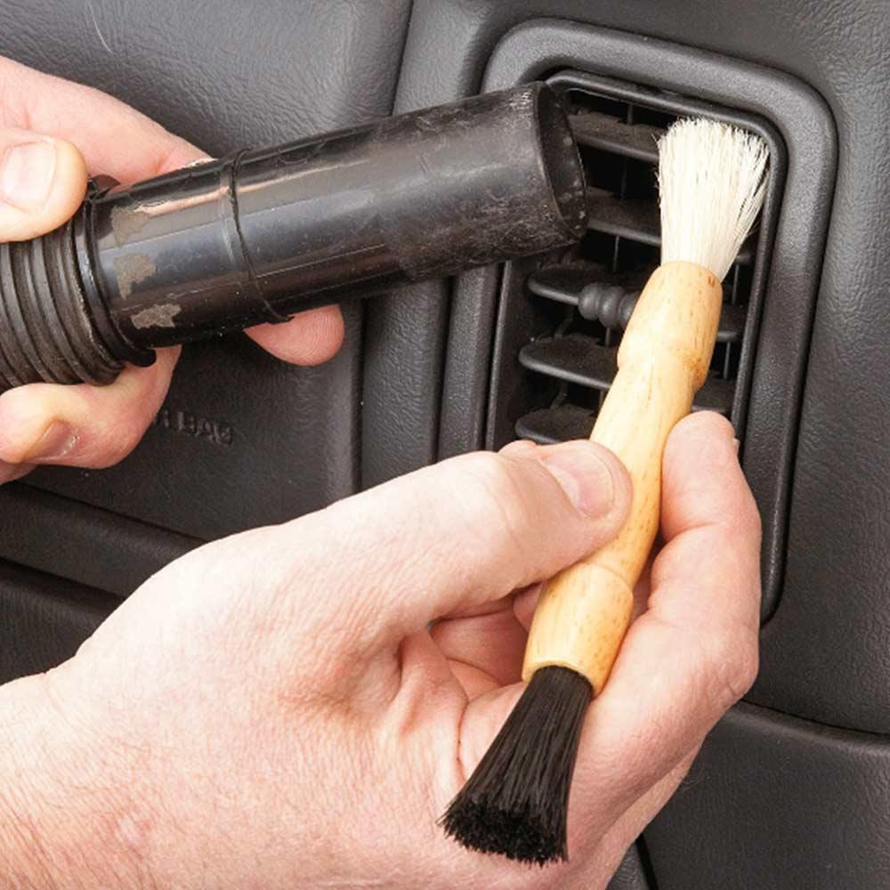 بالصور تلميع السيارة من الداخلة , اجعل سيارتك جميلة من الداخل 12289 11