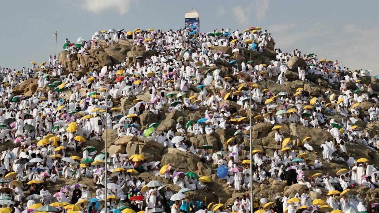 صورة ما هو جبل عرفات , سبب تسمية عرفات بهذا الاسم